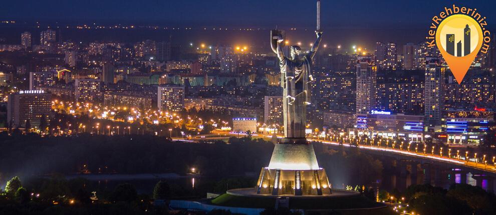 kiev-heykel